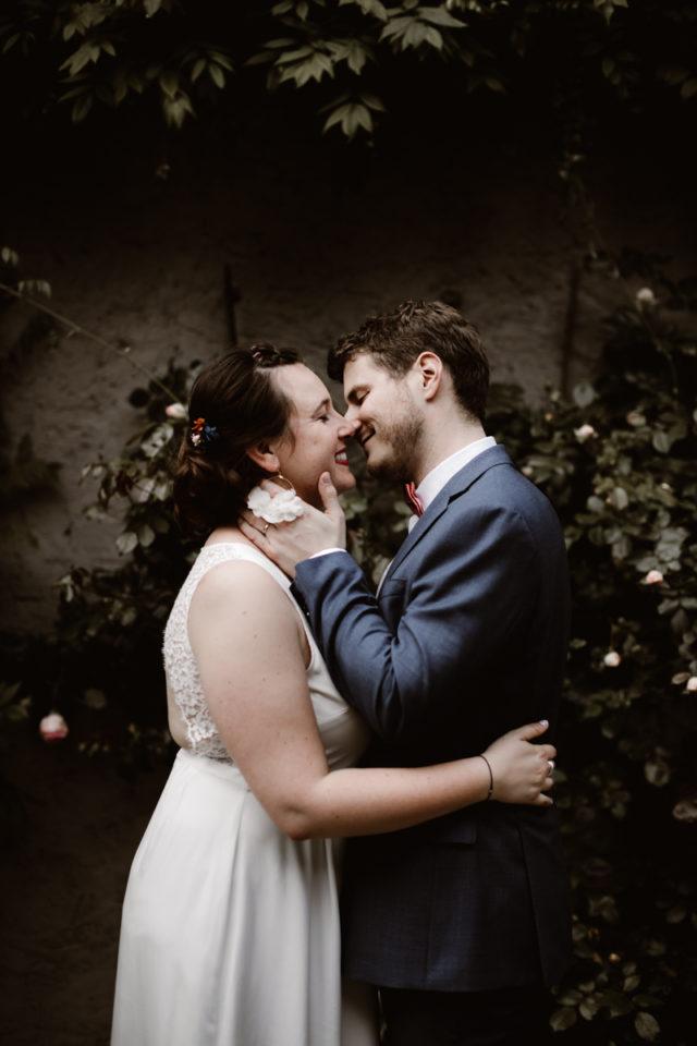 séance couple pendant le mariage à la dîme de giverny