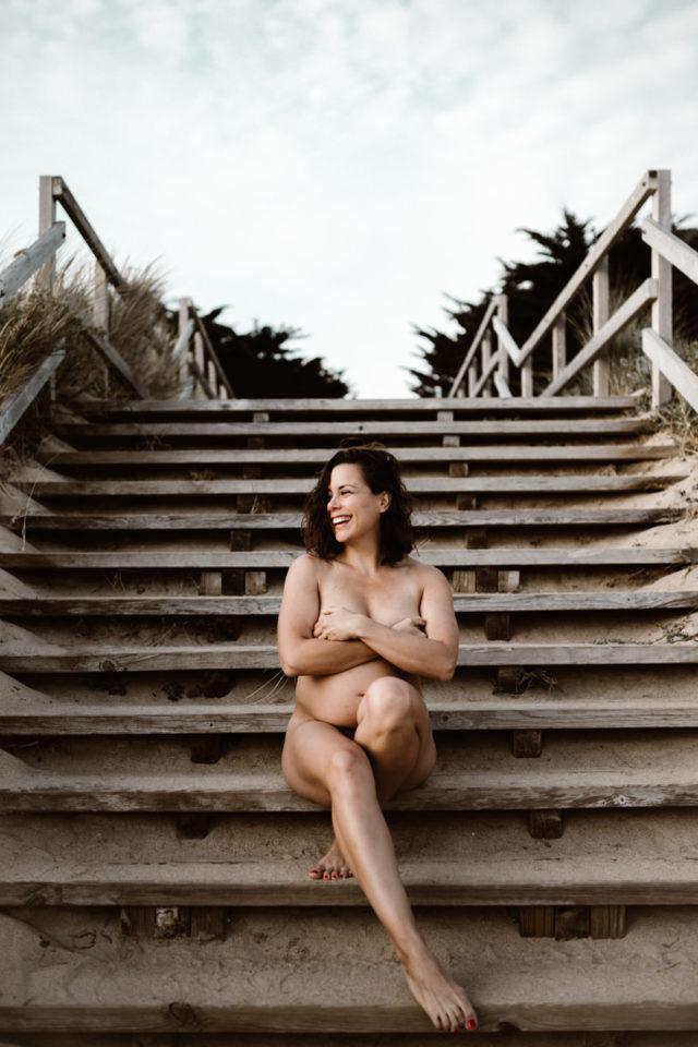 séance maternité nue plage des bonnes sources à pornichet