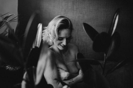 photographe-grossesse-portrait-mariage-a-angers-et-nantes-par-madeleine-photographe